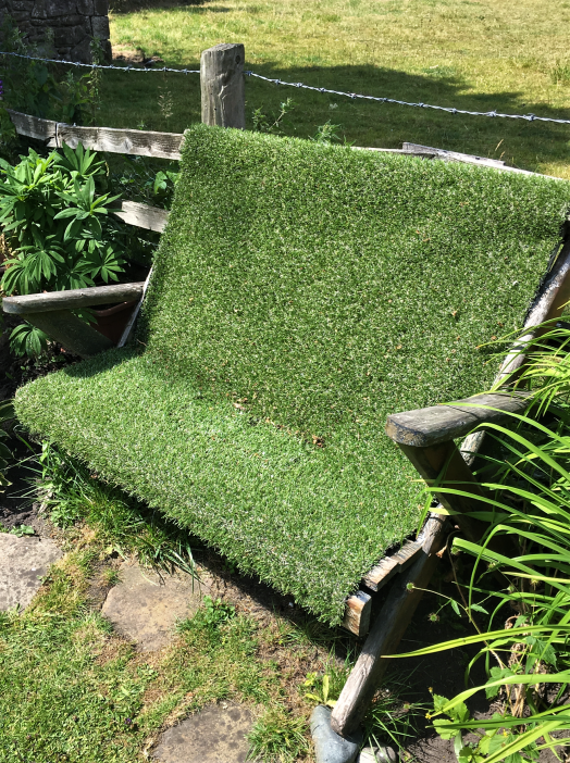 lawn chair UK