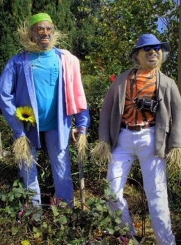 Dirt and Felder at a Scarecrow Festival