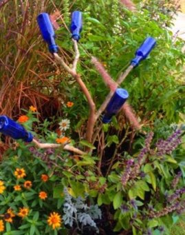 Miniature bottle tree
